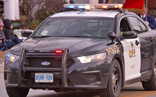 401上拖车轮胎飞脱  24岁司机被砸中身亡