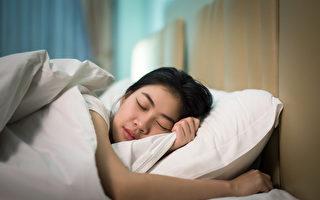 熬夜让你瘦体素下降 减肥最好的吃睡时间大公开