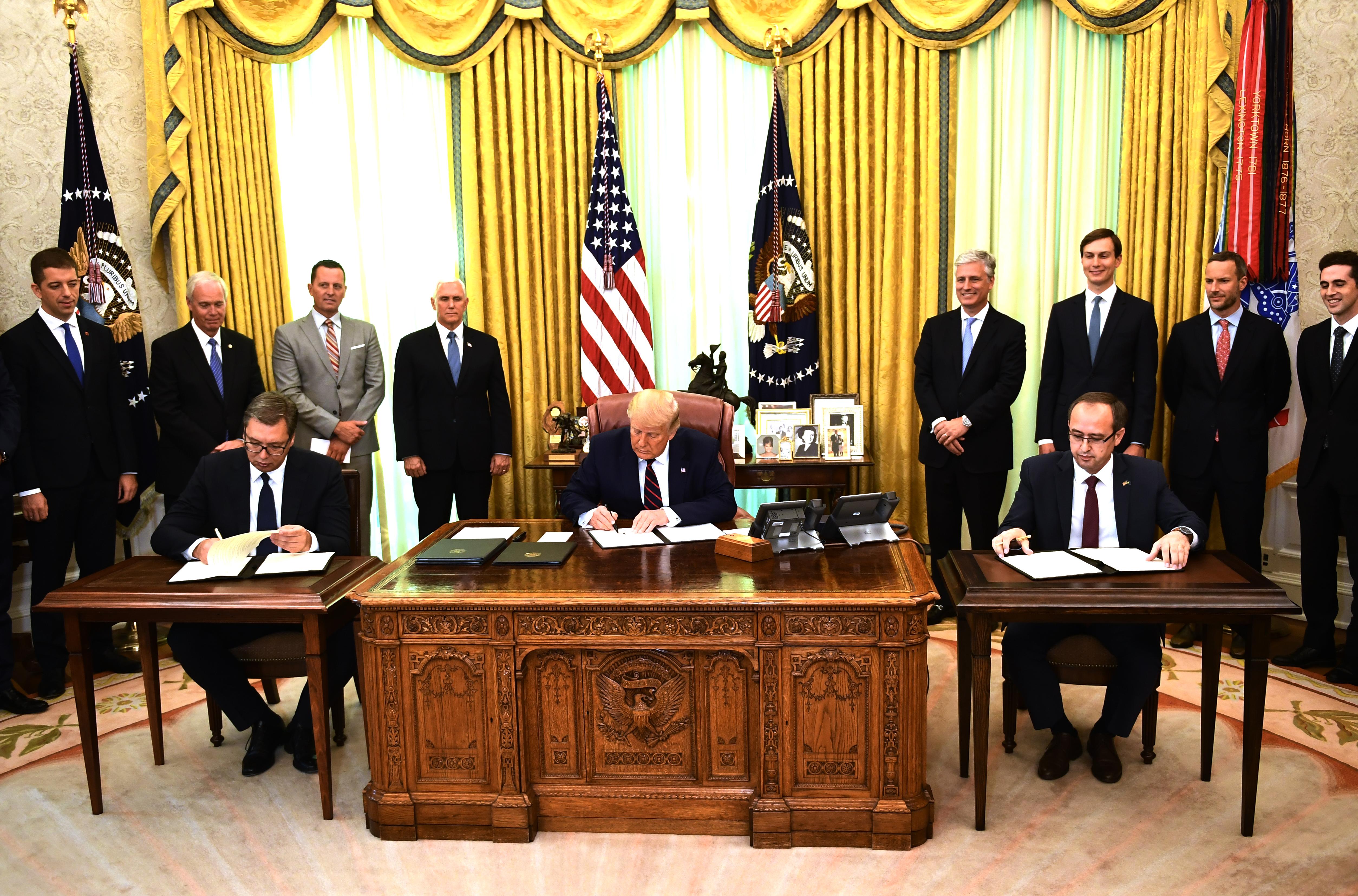 塞爾維亞和科索沃簽歷史性協議 特朗普見證