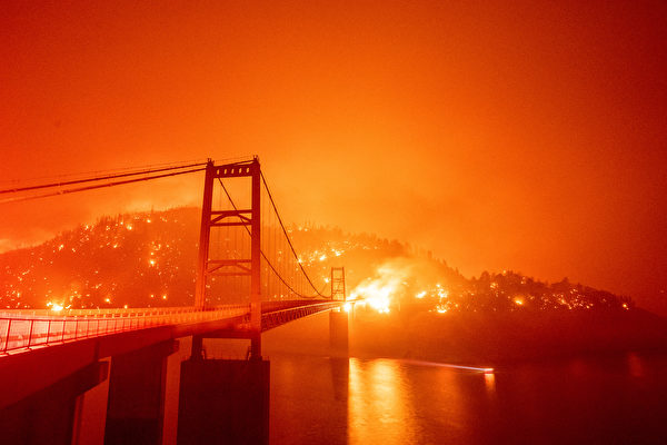 熊熊野火肆虐美西三州 逾8死包括1歲嬰兒