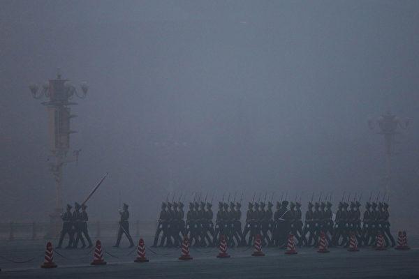 鐘聲:中共對抗世界的超限戰和持久戰