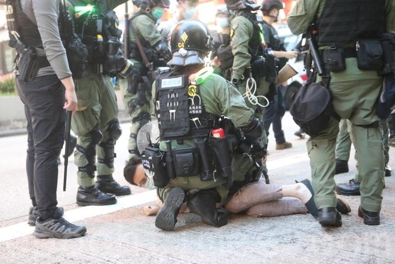 楊威:香港告訴世界趕快與中共政權脫鉤
