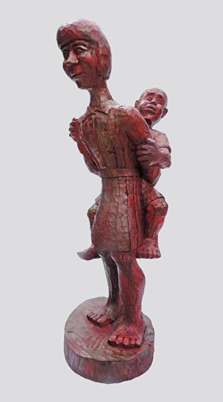 """参奖""""他是我弟弟""""由排湾族的阿旦•达鲁札隆创作。"""