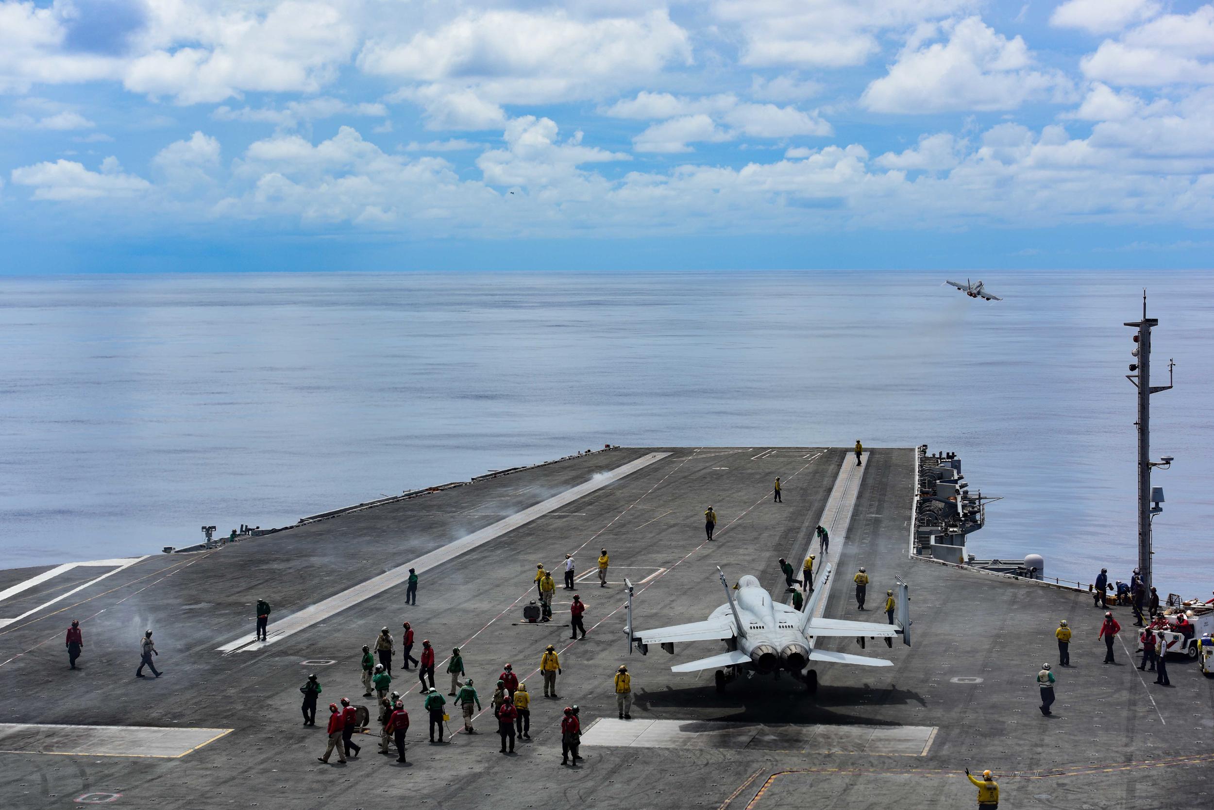 沈舟:中共軍隊攻佔第一島鏈幻夢走向破滅