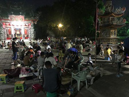 崁后社区中秋飨宴。