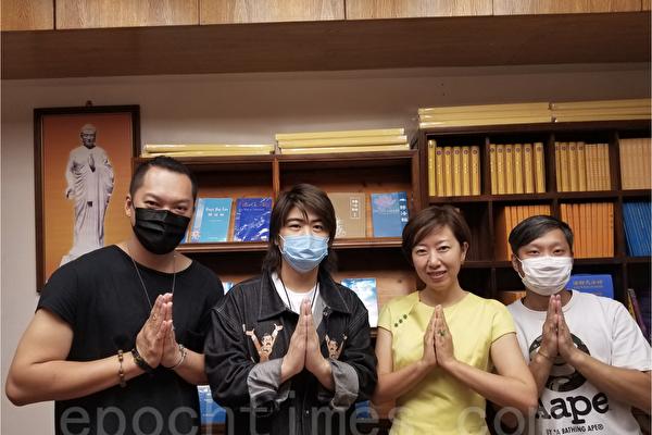 香港天梯书店开业 歌星阮民安等送祝福