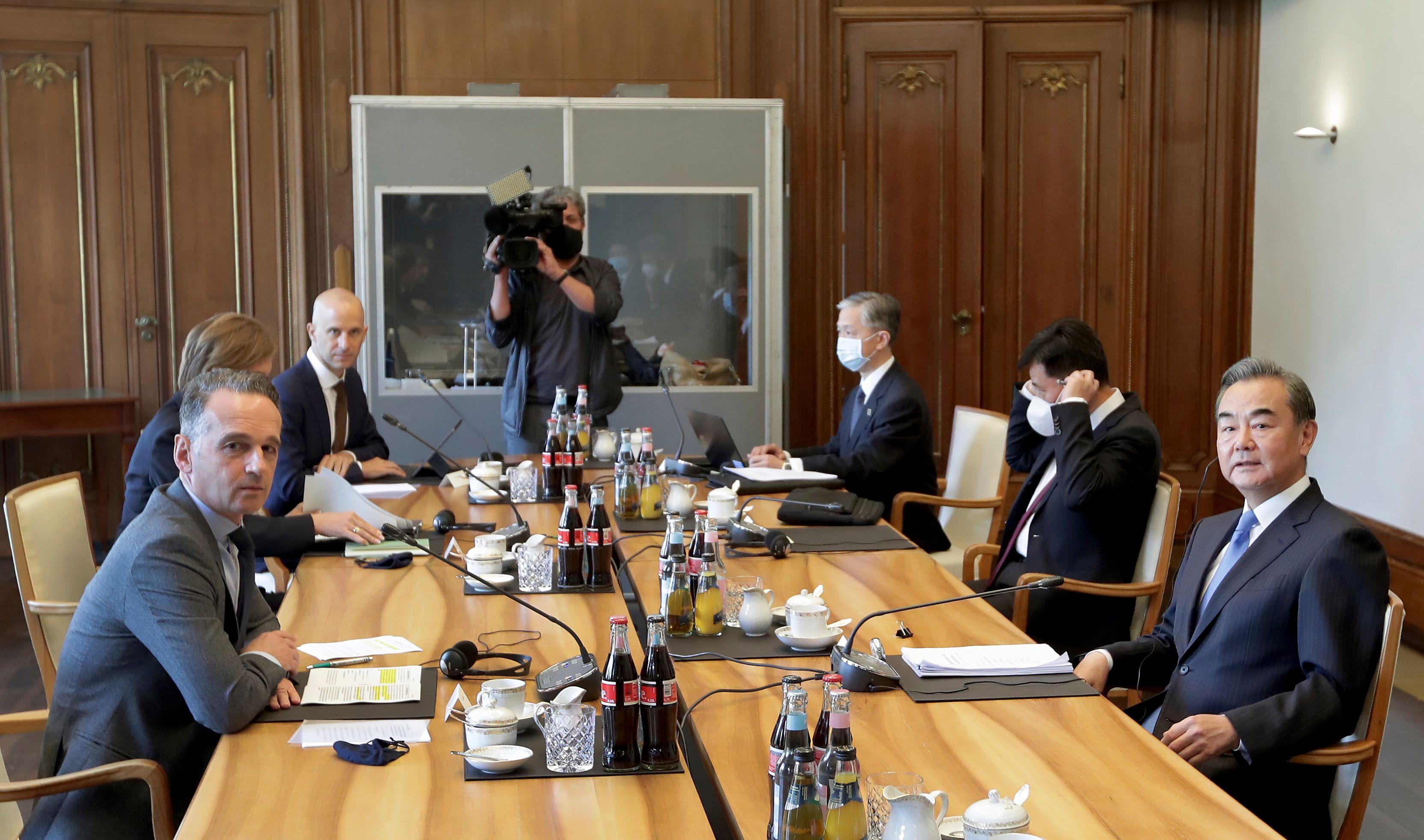 楊威:歐洲釋脫鉤信號 中共忙拉東盟