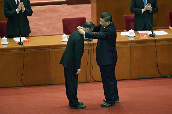 共朝黔首:钟南山在疫情期间最大的贡献——粉饰