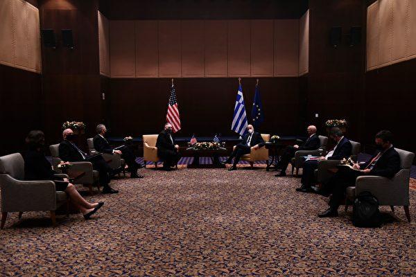 組圖:蓬佩奧出訪希臘 欲緩解希土爭端