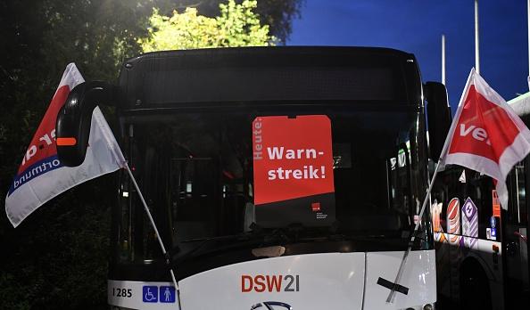 德国工会发起大罢工 全国交通瘫痪