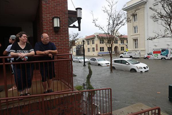 薩利颶風登陸阿拉巴馬 帶來大雨和洪水