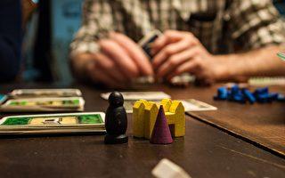 疫情期间桌游销量大增 本土游戏设计者声名鹊起