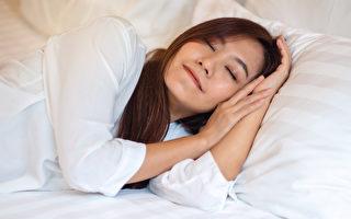 减肥一定要睡够?睡眠不足致饥饿 还影响血糖