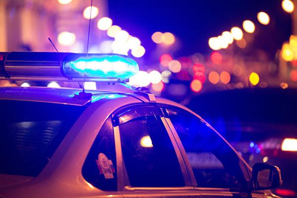 假扮警察拦车竟拦到真警察 佛州男子被抓