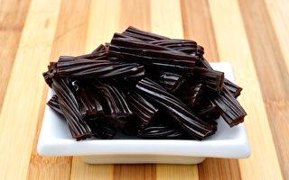 美国一男子因连续食用过多黑甘草糖而死