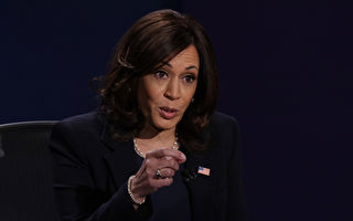 佳月:副总统候选人哈里斯辩论50秒眨眼56次