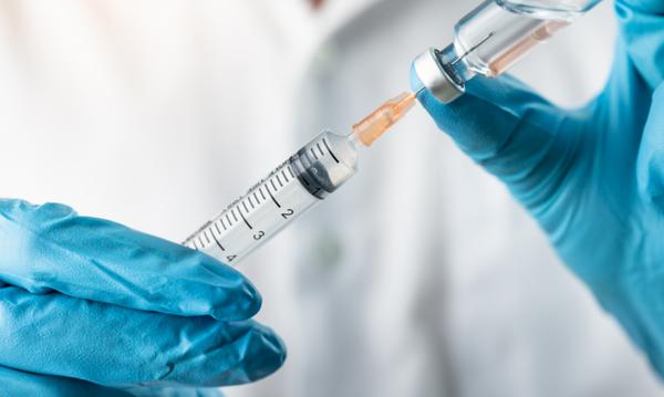 打流感疫苗不必太擔心副作用,施打前後要注意2件事。照片為示意圖。(Shutterstock)