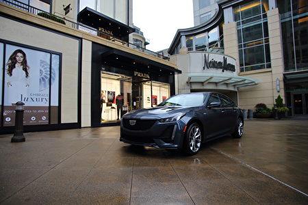 車評:美式豪華轎跑 2020 Cadillac CT5-V