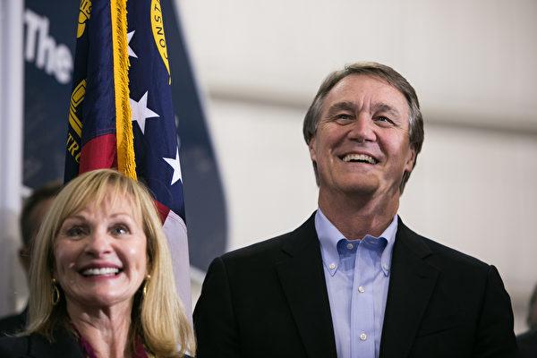 乔治亚州选战激烈  民主党募款超越共和党