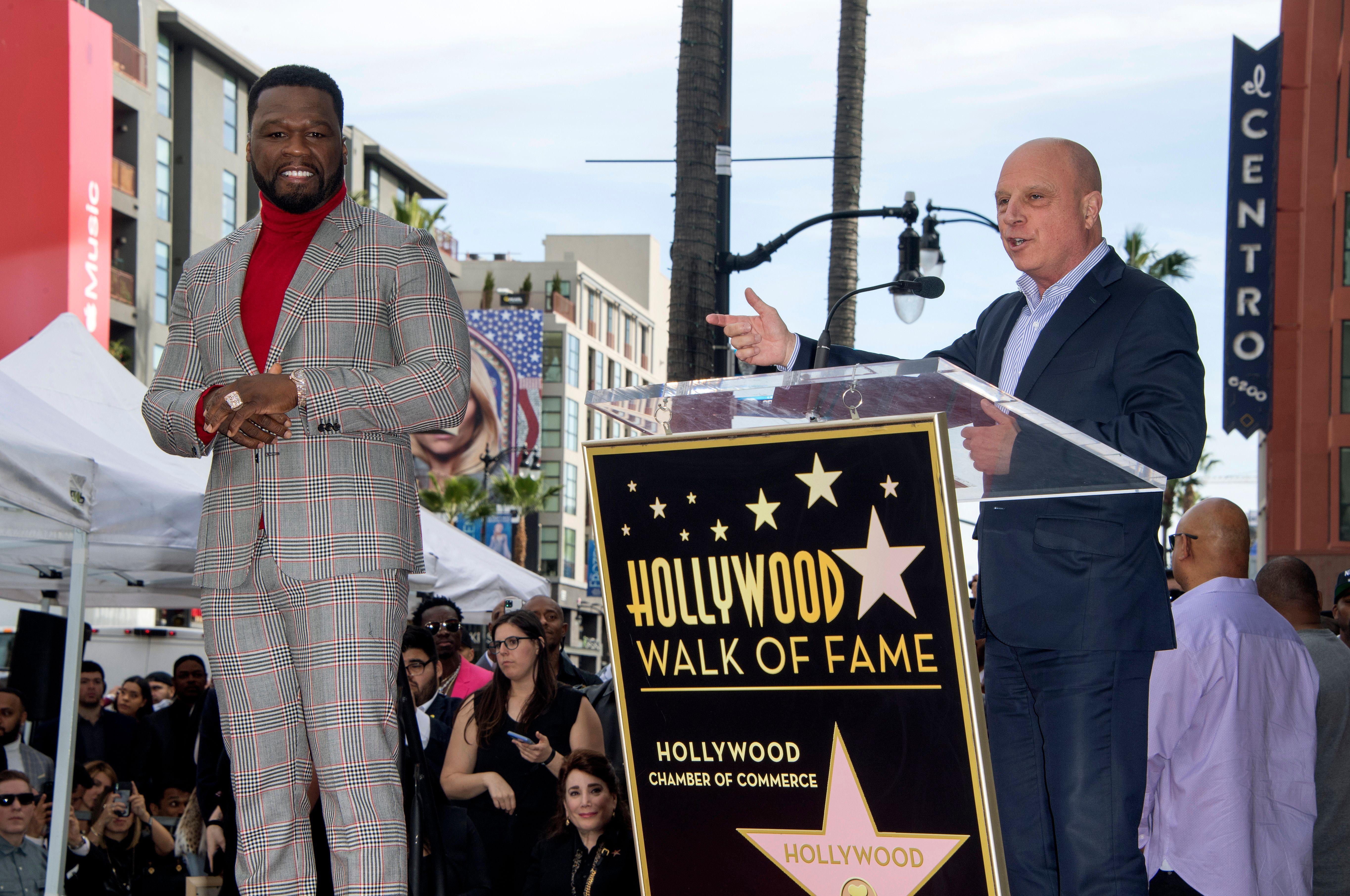 怕拜登加稅 美非裔說唱歌手50 Cent改投特朗普