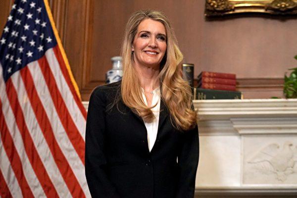 共和黨參議員凱利·洛夫勒(Kelly Loeffler)於2020年9月30日在美國國會大廈。(Greg Nash/AFP)