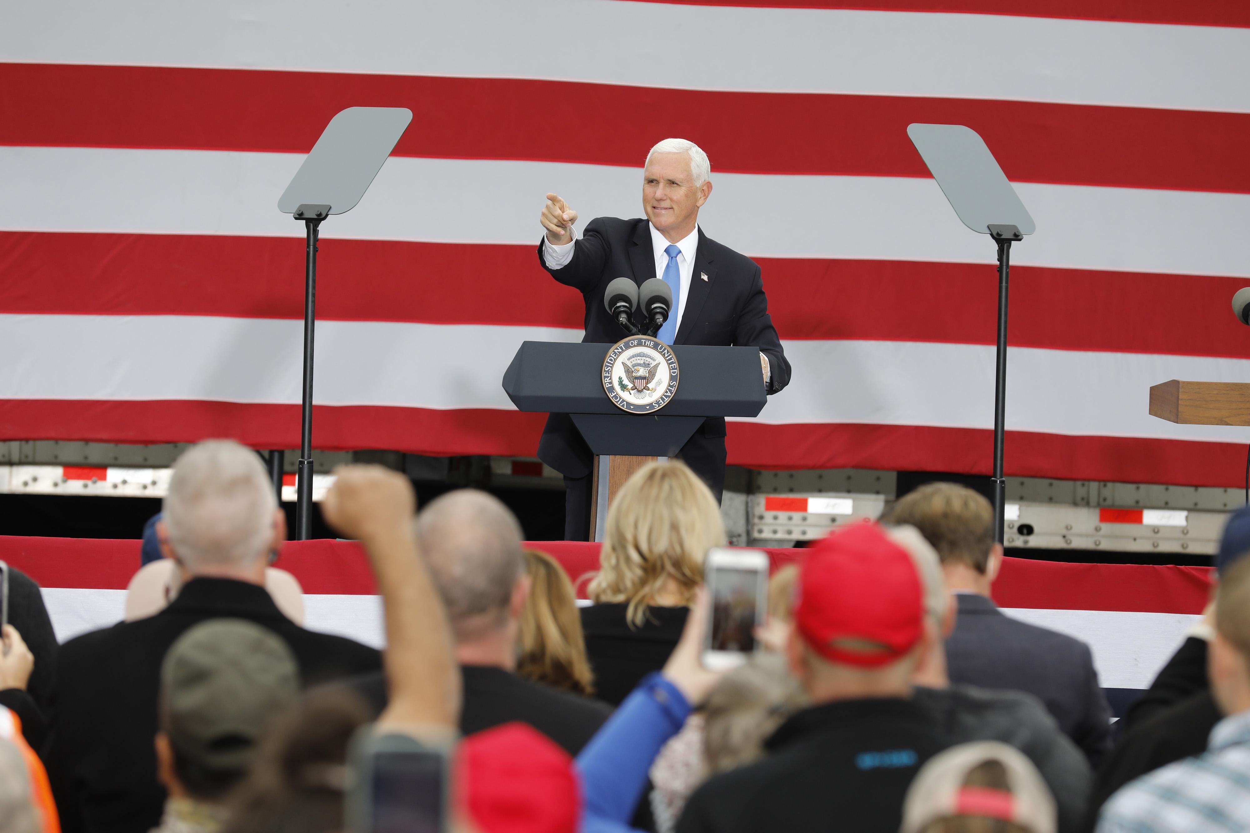 彭斯密州集會 選民:社會主義在美絕不會成功