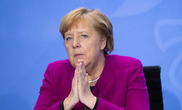 德總理默克爾呼籲市民待在家裡 總統隔離