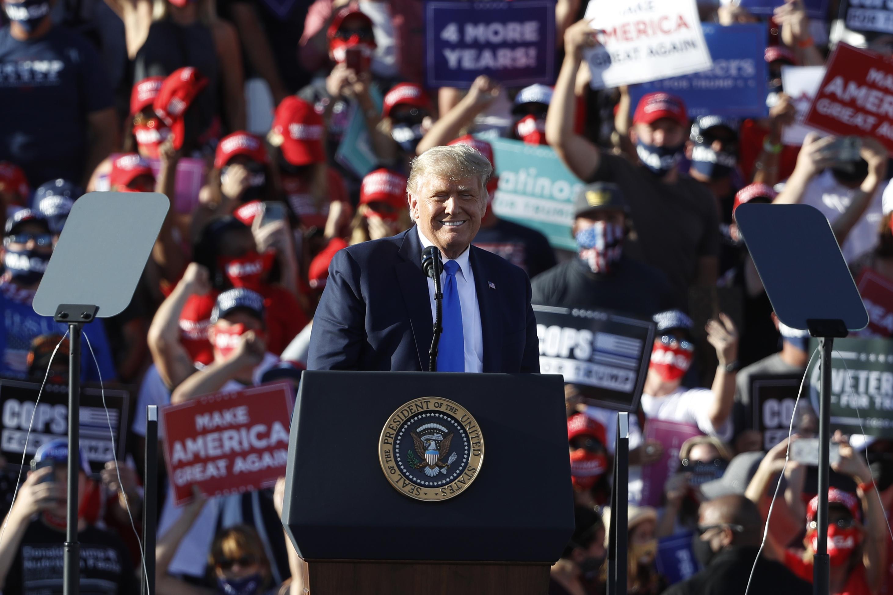 2020年大選 特朗普:要超級復甦 還是拜登蕭條