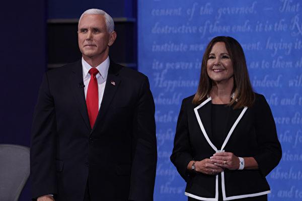 被指上台祝賀彭斯不戴口罩 第二夫人回應