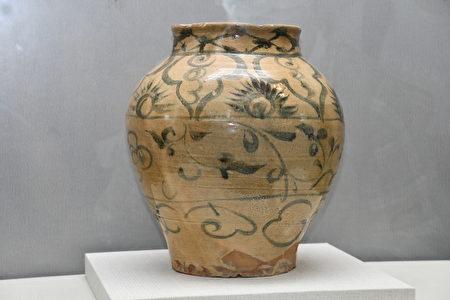 展出文物,来源:中国云南。
