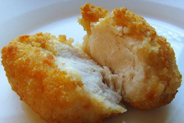 前所未聞 英國超市將一塊雞塊送上太空
