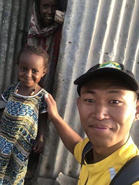 非洲的孩子。(受訪者者提供)