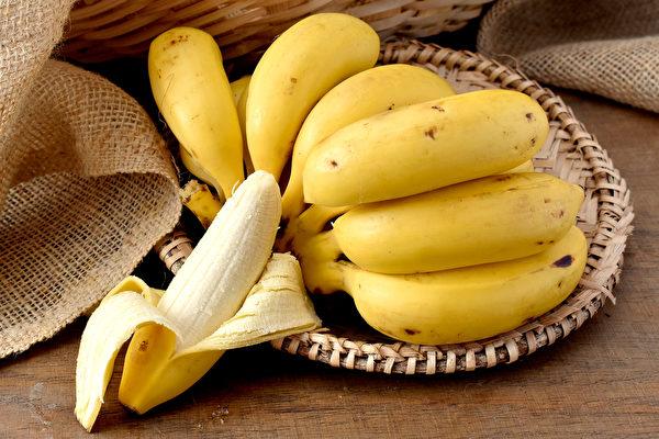 甘入脾,香蕉等甘味食物具有補益脾胃的作用。(Shutterstock)