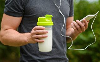 自製3種天然運動飲料,幫助你在運動後修復細胞、增強免疫力、改善疲勞。(Shutterstock)