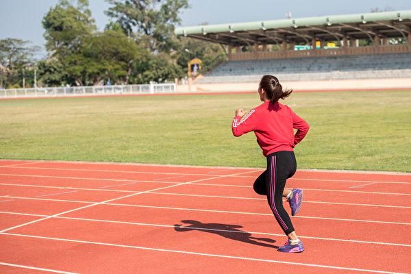 就是當長途奔跑之後、身體極度疲憊時,體內會分泌出一種化學物質——安多酚(內啡肽)。(Shutterstock)