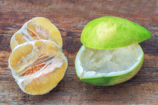 用柚子皮製作天然清潔劑,不僅清潔去污除臭力強,還能讓家中充滿柚子的香氛。(Shutterstock)