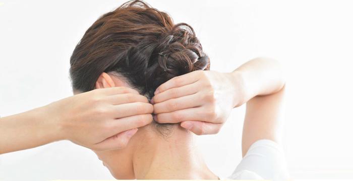 按耳後「安眠穴」 調節自律神經 助眠有奇效