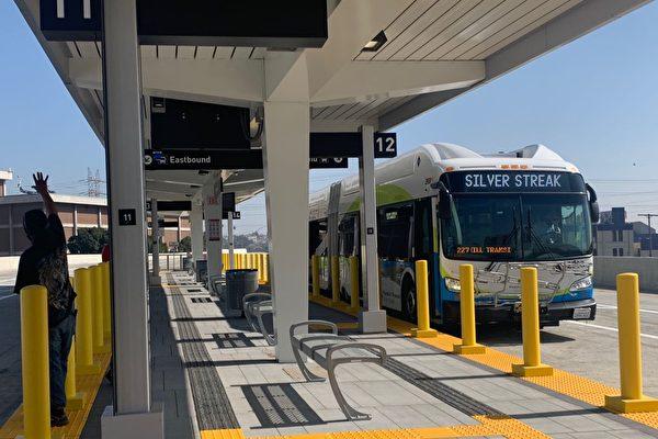 疫情中洛杉矶巴士、监狱、火车站
