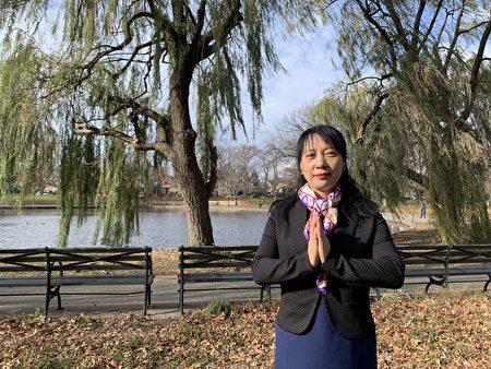 李姝茵表示,修煉法輪功後,她從一個悲觀、失落的人,變成一個心胸開闊、開朗的人。