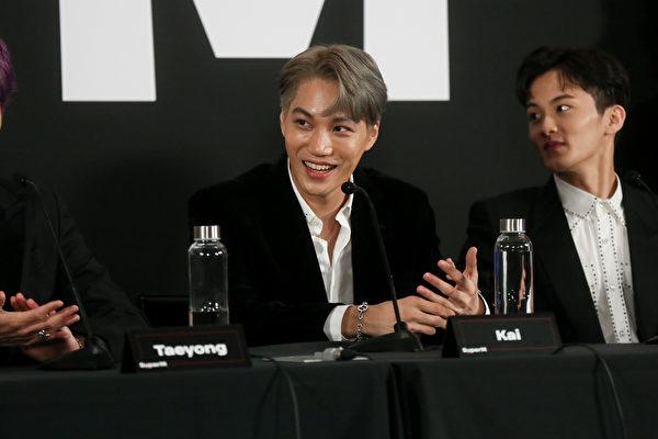 EXO成员KAI个人专辑《KAI》11月30日发行