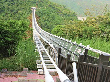 山川琉璃桥曾是全台湾最长的吊床式吊桥。