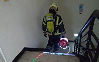 桃消器材小巧思大升級 消防水帶輕便LED導光索