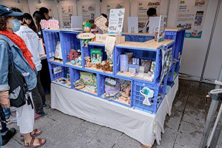 中坜街区博物馆行动团队串联老字号店家推广在地品牌,也让民众有感。