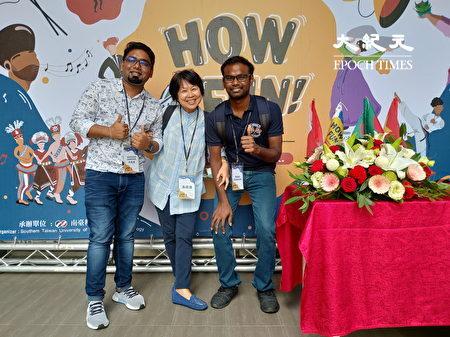 參加交流會的接待家庭孫瑜謙(中)與接待的境外學生丹奕誠(左)、Balaji_Ganesan。