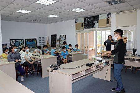 清大團隊教學。