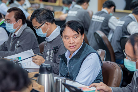 桃園交通局長劉慶豐說明。