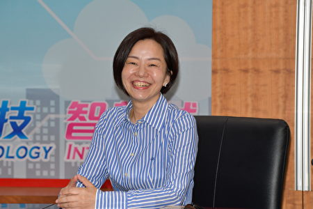 新任民政处长邱靖雅。