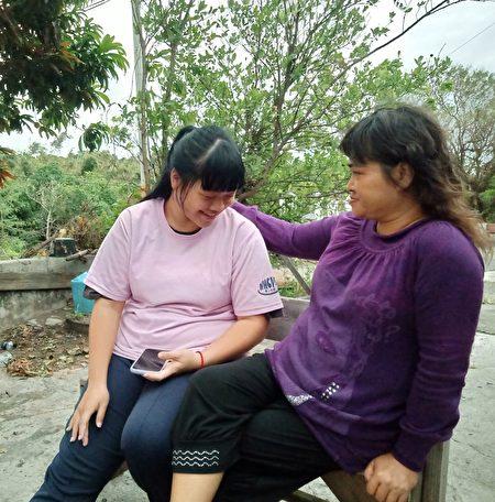 瀞文與母親日常生活點滴。