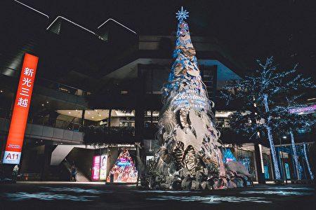 耗時半年精心打造的「耶誕奇幻之森」。