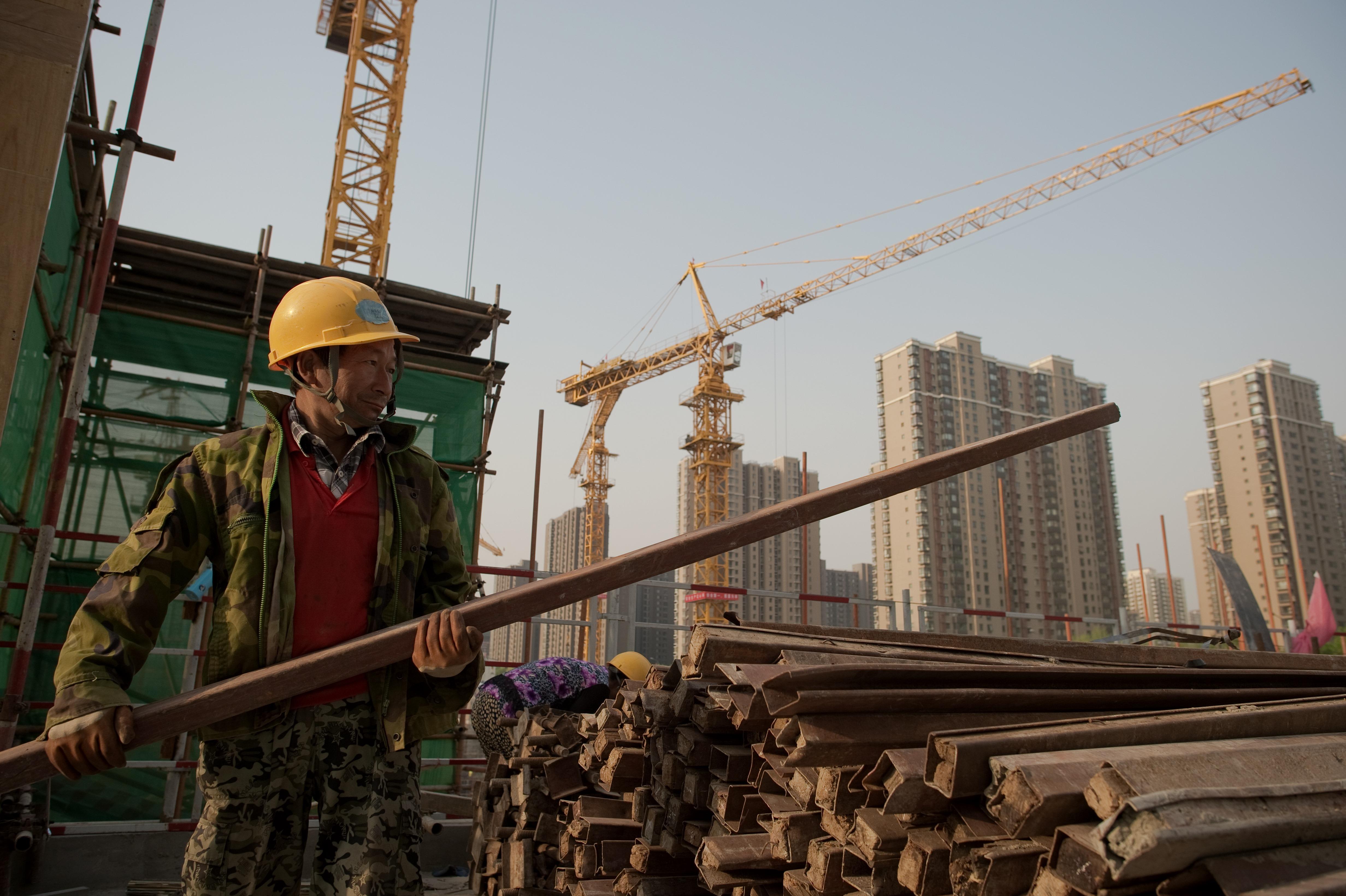 中國債務累計至GDP3.3倍 企業債居半